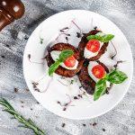 Карамелизированные баклажаны с сырным фейше_2